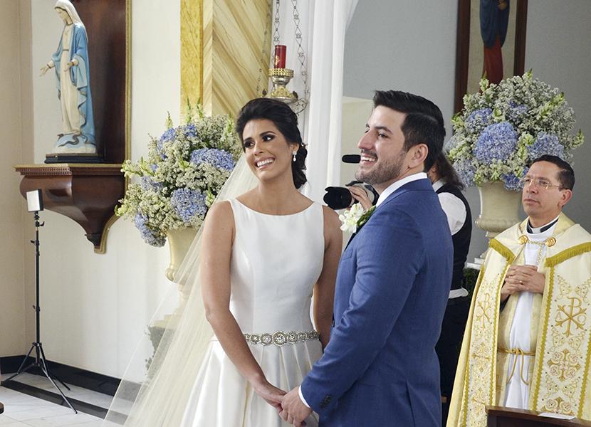 Romantismo, emoção e bom gosto marcam o lindo casamento de Camila Medeiros e Flávio Palmeira