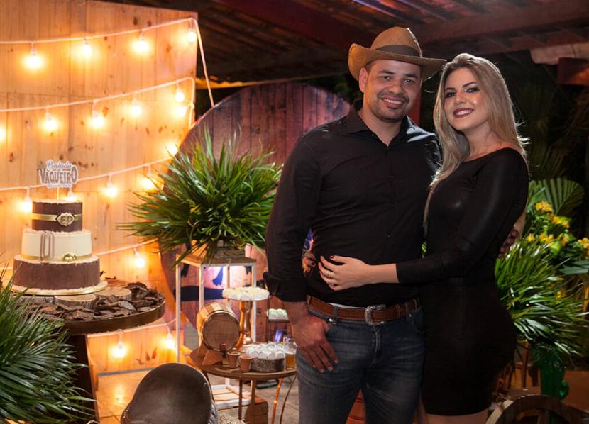 Dr. Eduardo Pachú celebra nova idade ao lado de amigos e familiares com festa animada no estilo country