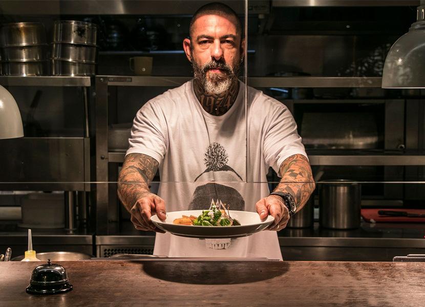 Henrique Fogaça fecha restaurante no Rio por causa da pandemia do novo coronavírus