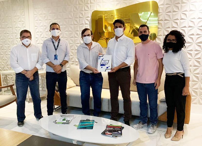 SENAI firma parceria com indústria de tintas pra capacitar profissionais de pintura na área da construção civil