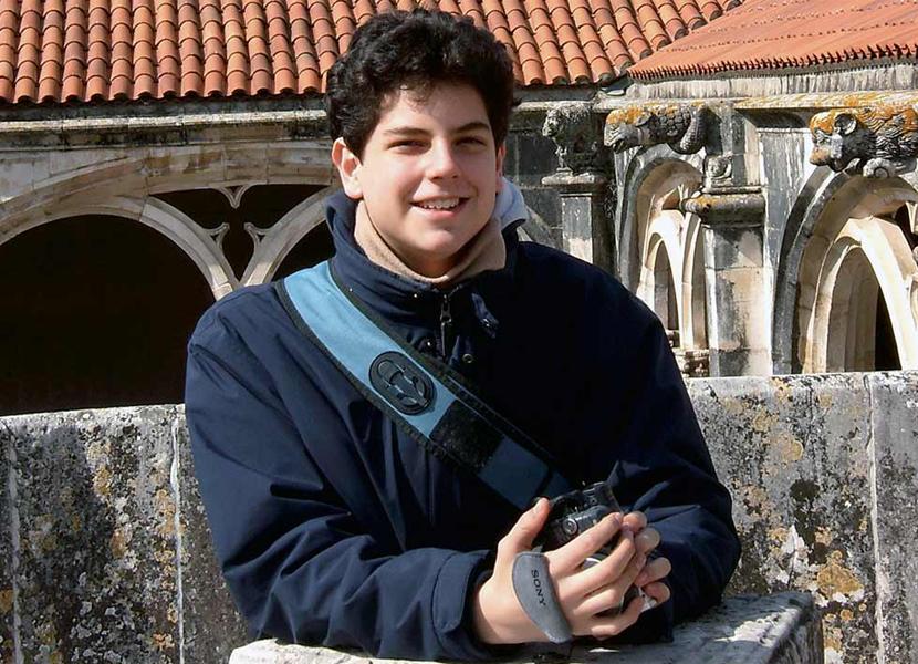 Carlo Acutis, o 'padroeiro da internet', é beatificado