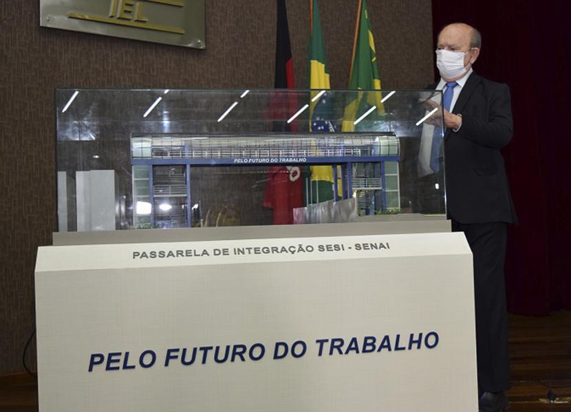PRESIDENTE DA FIEP RECEBE IMPRENSA, APRESENTA DADOS DO SETOR INDUSTRIAL DESTE ANO E FAZ PROJEÇÕES PARA 2021